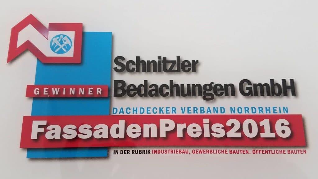 """Gewinner - FassadenPreis 2016 in der Rubrik """"Industriebau, Gewerbliche Bauten, Öffentliche Bauten"""""""