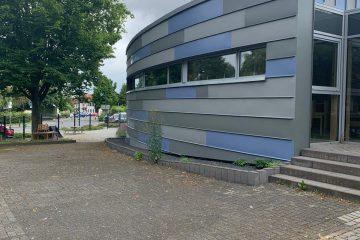 Klempnerarbeiten Kindergarten Gelsdorf – Fassade in 1/8 Kreis Form
